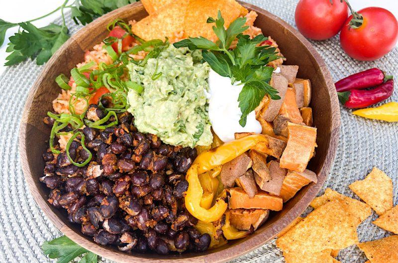 Bunte Tex-Mex Burrito Bowl